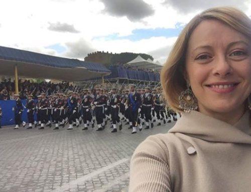 MELONI RIMPROVERA BERLUSCONI: PIÙ RISPETTO PER LE FORZE DELL'ORDINE