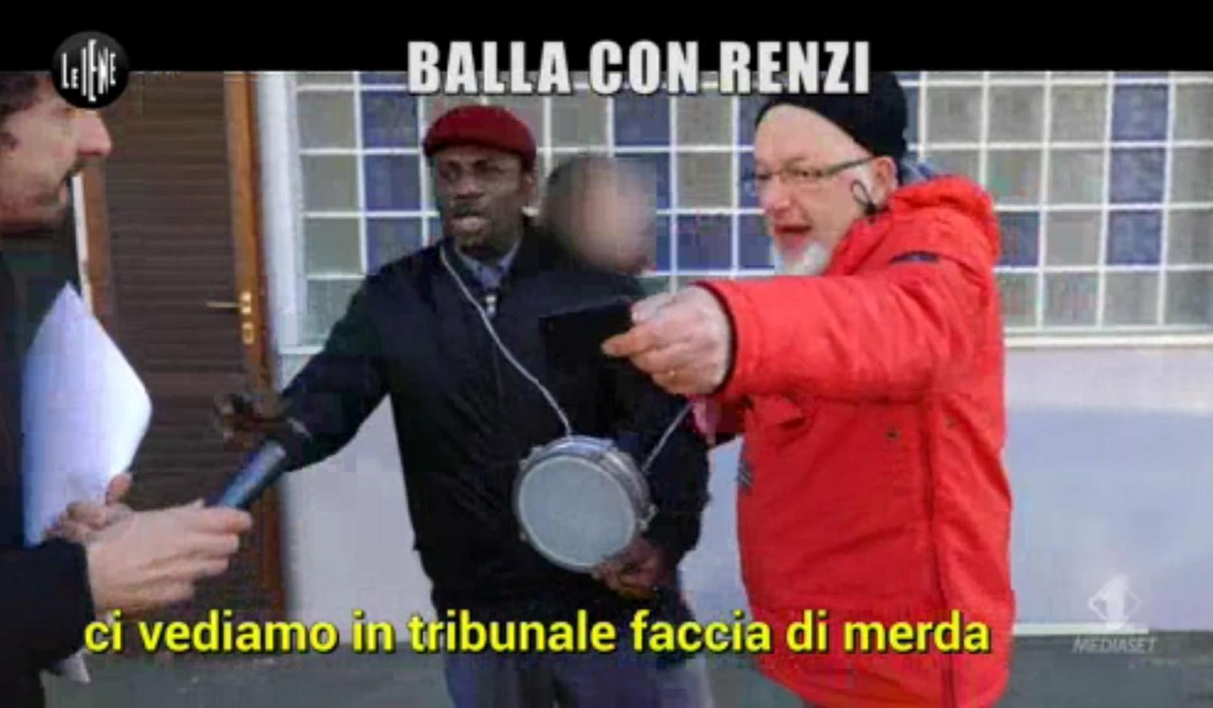 Tiziano Renzi perde la calma a le iene e insulta un nigeriano