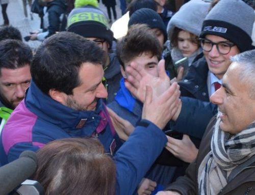 FILE AI BANCHETTI, SERVER INTASATI: E' BOOM PER LA RACCOLTA FIRME DI SALVINI